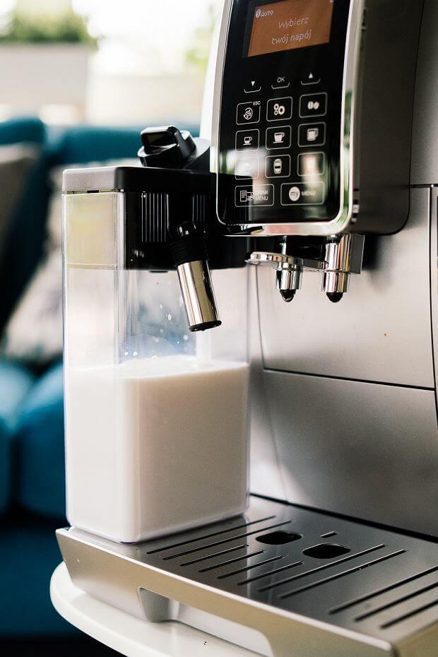 DELONGHI DINAMICA 350.75 system spieniania mleka