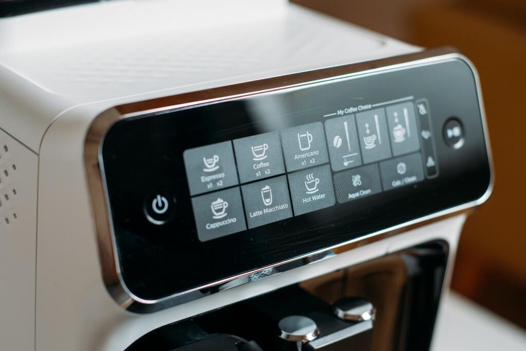 Philips 5000 LatteGo Premium EP324350 wyświetlacz i przyciski