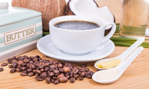 Kawa kuloodporna – bulletproof coffee: przepis, jak zrobić?