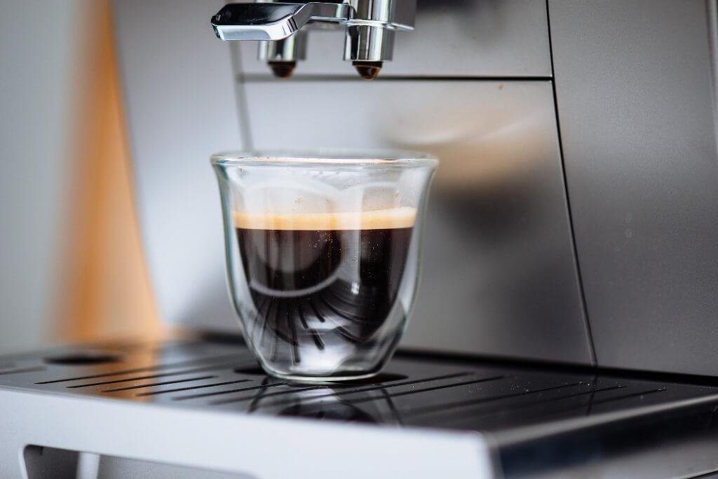 espresso z ekspresu Krups Evidence EA892D